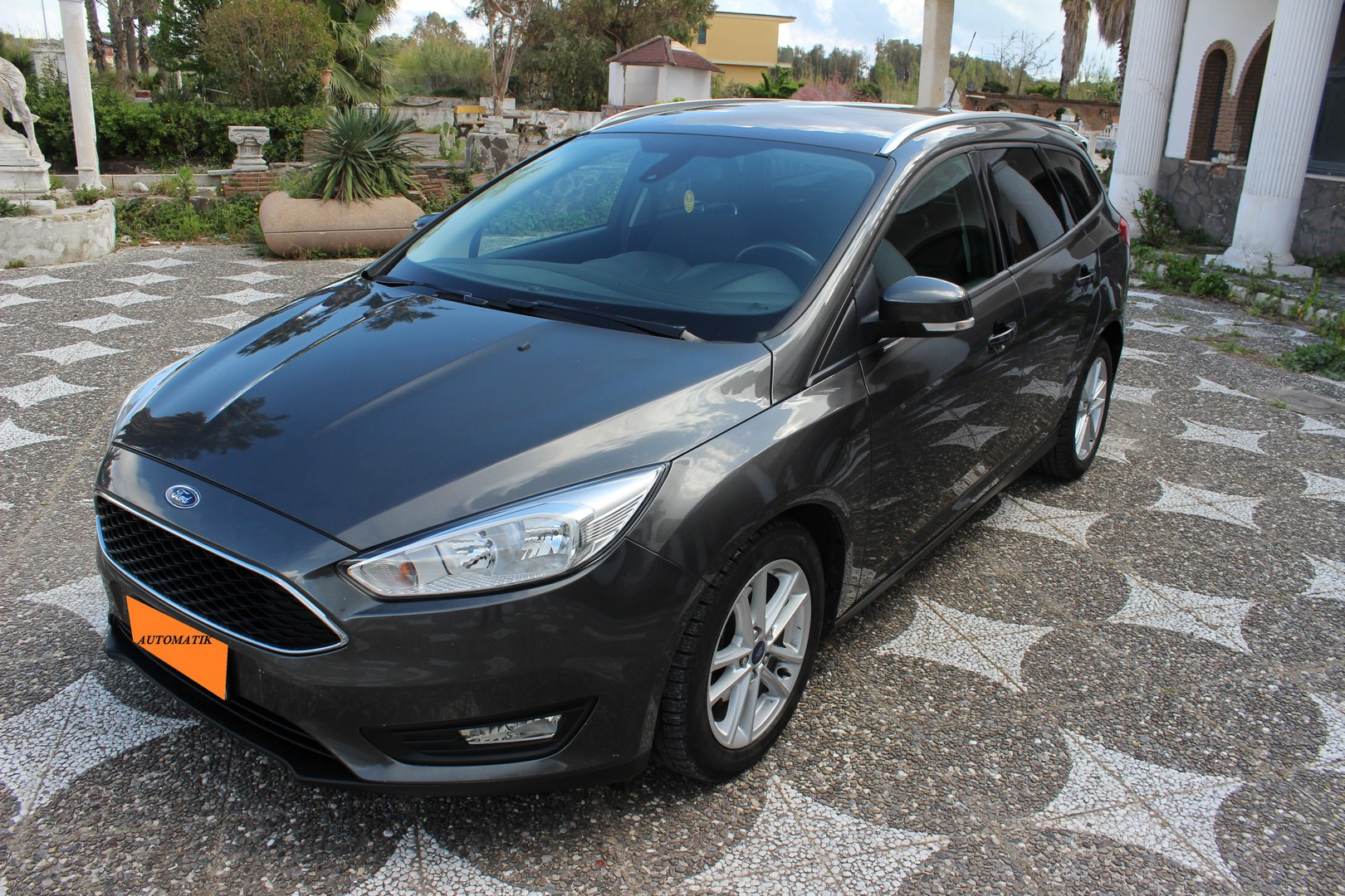 ford focus my 2017 stw 1 5 tdci 120 cv automatik. Black Bedroom Furniture Sets. Home Design Ideas